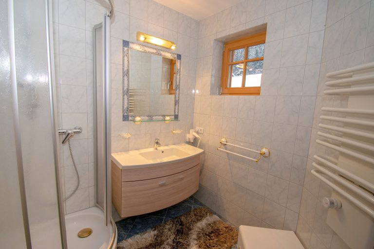 Villa Salza Obergeschoß - extra Badezimmer